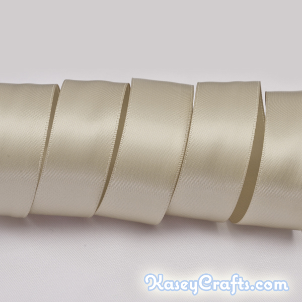 P823_taupe_ribbon_satin_double_faced